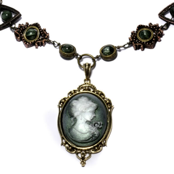 Camafeus Steampunk_Cameo_Necklace_3_by_CatherinetteRings