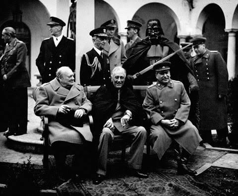 [Tópico Oficial] Coloquem sua legenda Yalta_Conference_1945_by_TOYIB