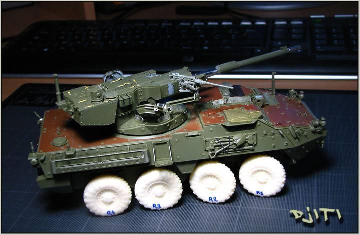 Stryker M-1128 MGS (mobile gun system) IMG_3575copie