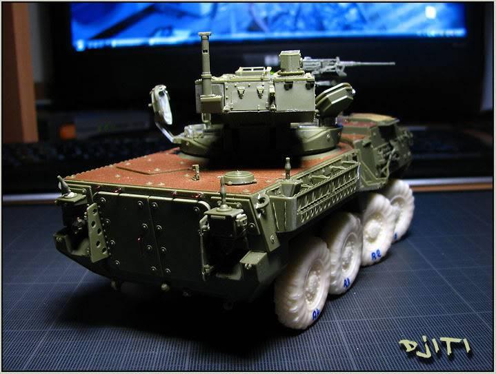 Stryker M-1128 MGS (mobile gun system) IMG_3583copie