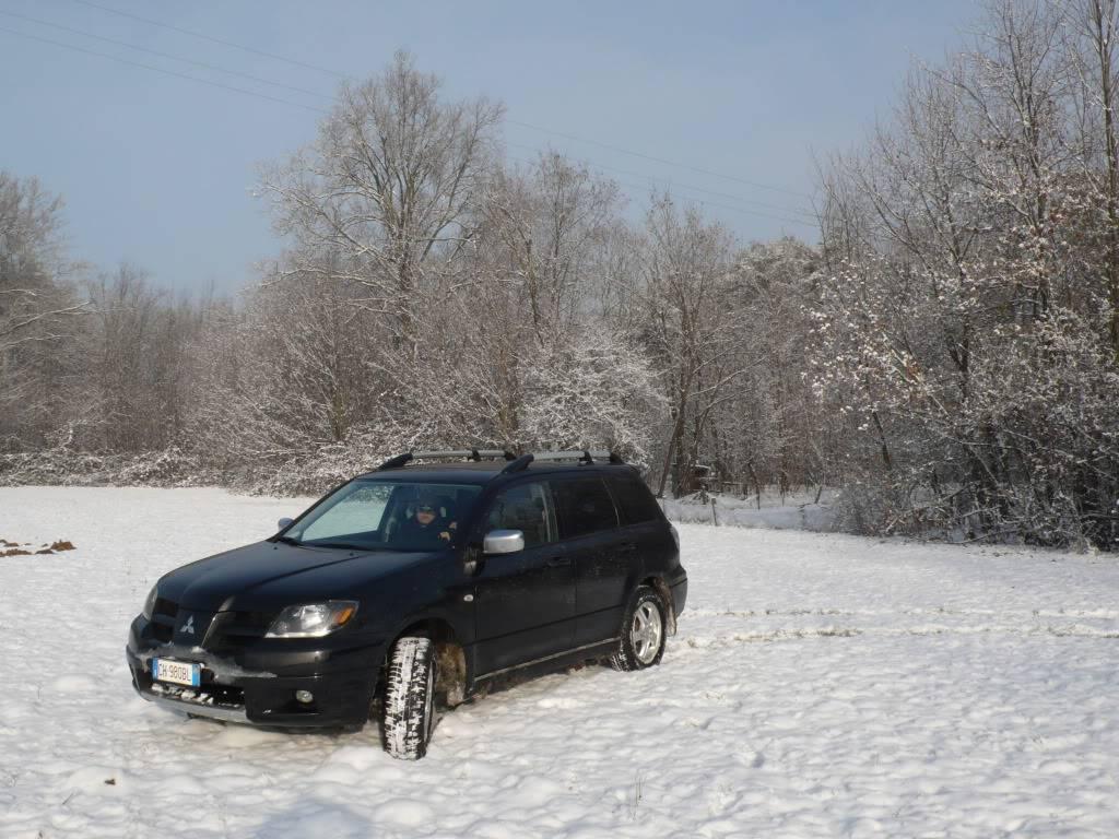 vecchia out su neve L1100026