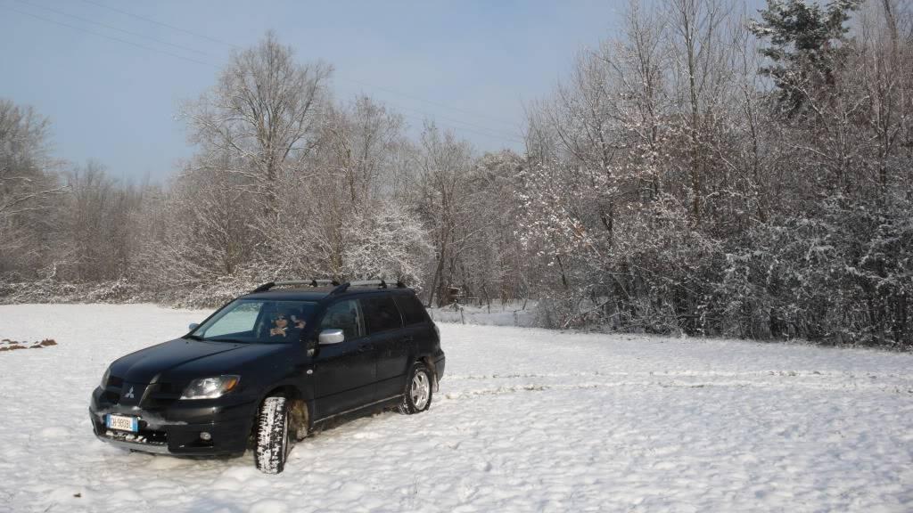 vecchia out su neve L1100028