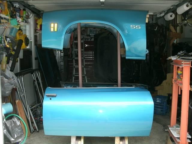 1973 Chevelle SS, 350, 4spd. build - Page 4 Fender%20Door%20stand%207_zpsevtt5hom