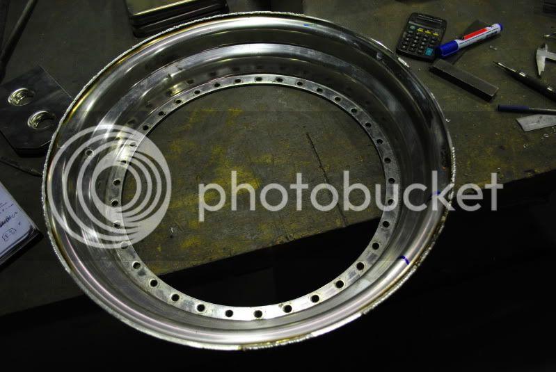 wheel refurbs, custom bits pinstriping and more!...... - Page 3 DSC_0097
