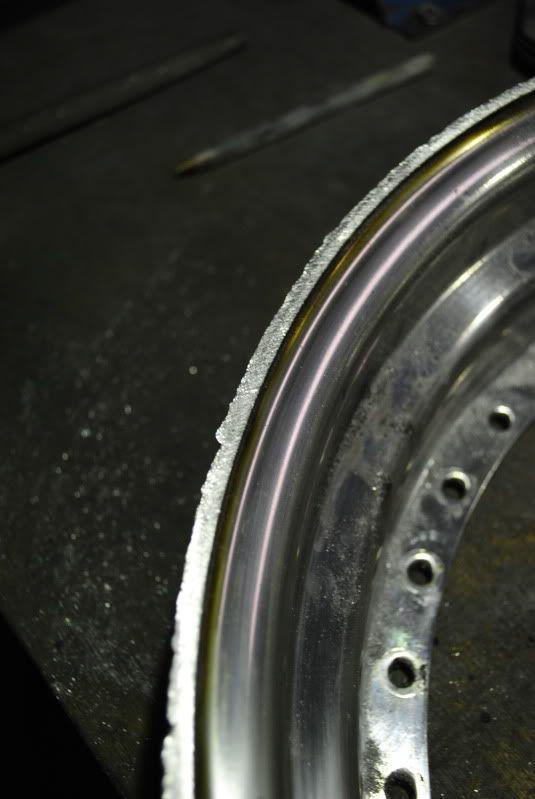 wheel refurbs, custom bits pinstriping and more!...... - Page 3 DSC_0103
