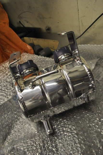 wheel refurbs, custom bits pinstriping and more!...... - Page 9 DSC_0285-1