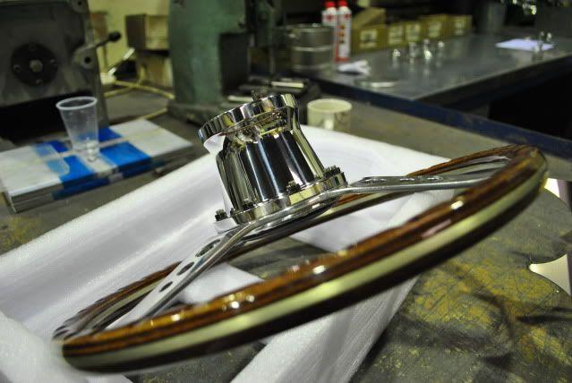 wheel refurbs, custom bits pinstriping and more!...... - Page 9 DSC_0623