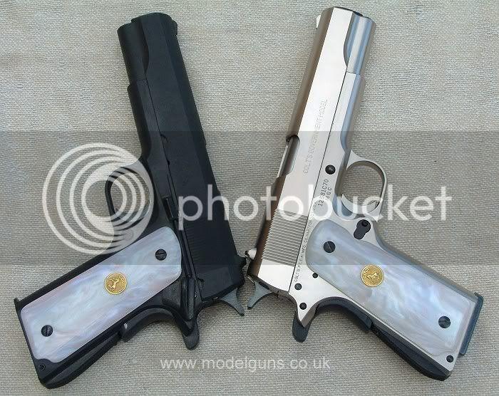 Reox War Pistols