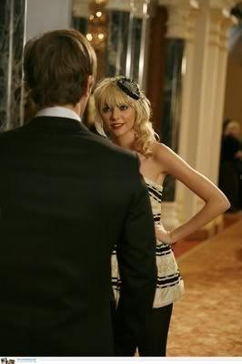1x01 Pilot : You know you love me - Página 10 Normal_001