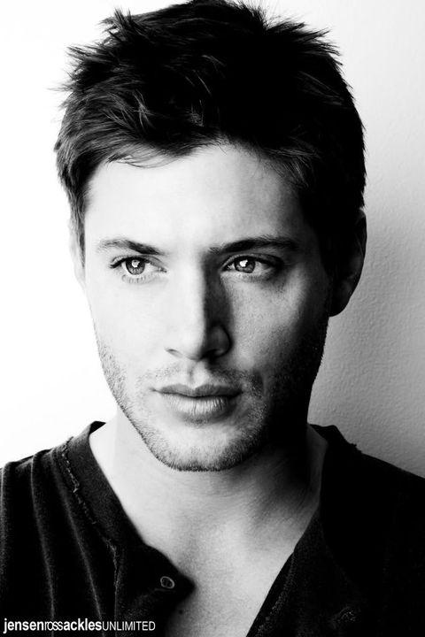 Qual é a vossa foto preferida do Jensen? 113