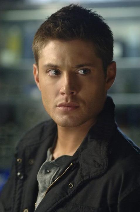 Qual é a vossa foto preferida do Jensen? 261