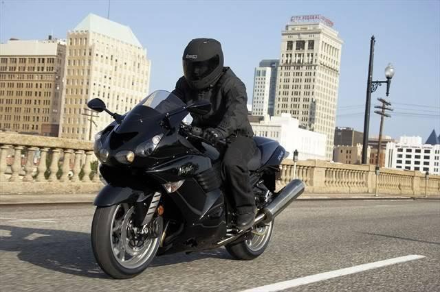 Engkongnya motor kita, Kawasaki ZX 14 203_ZXT40A7F_88456