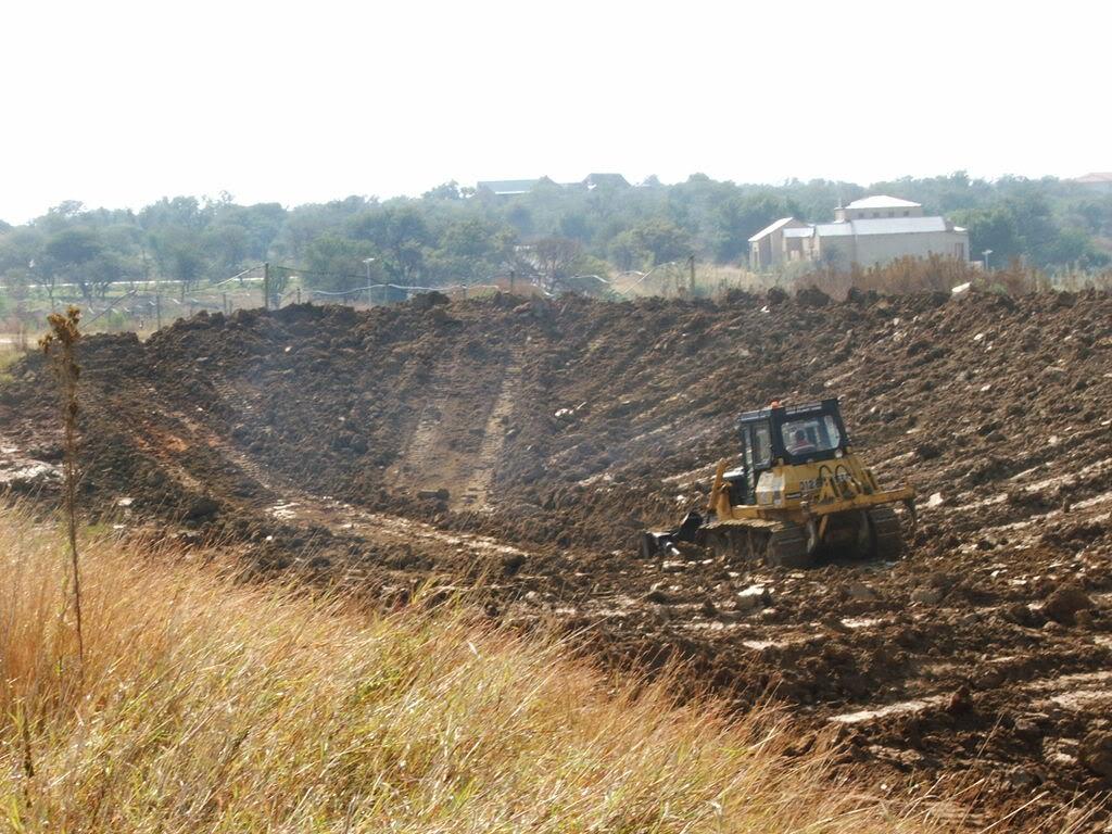 A new mud pond at Orient Koi Farm DSCF6371