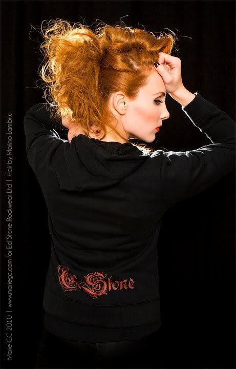 Simone's pics - Page 4 29473_387514246694_60980696694_4482