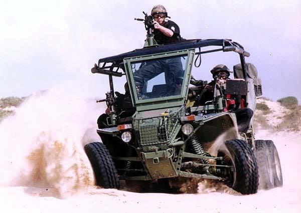 Armes de fabrication Israelienne Desert_raider4