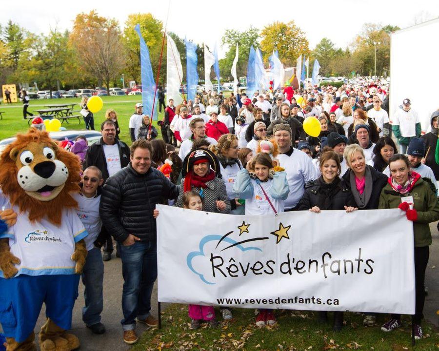 Marche des Rêves / Dream Walk - Page 2 322519_255615701150810_104499699595745_768187_1944964795_o