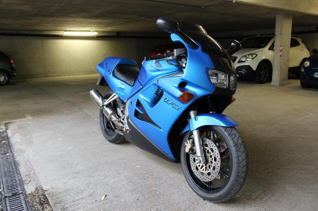 Honda VFR750  Nl3
