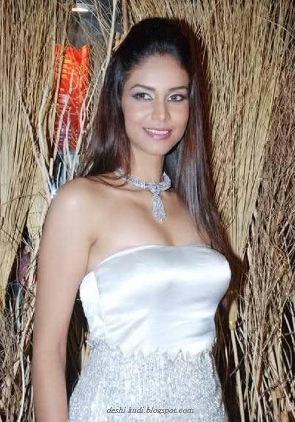 AMRUTA PATKI Hot Tamil Model And Actress AmrutaPatkiHot2