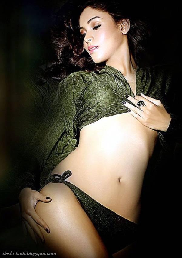 AMRUTA PATKI Hot Tamil Model And Actress AmrutaPatkiHot20