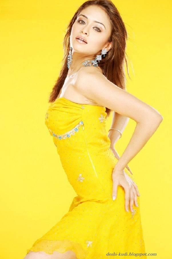 AMRUTA PATKI Hot Tamil Model And Actress AmrutaPatkiHot21