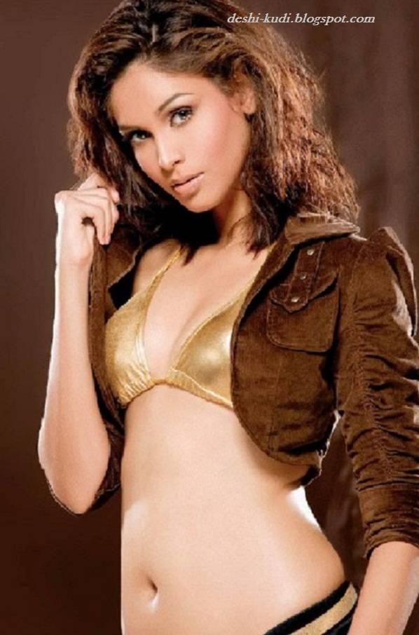 AMRUTA PATKI Hot Tamil Model And Actress AmrutaPatkiHot5
