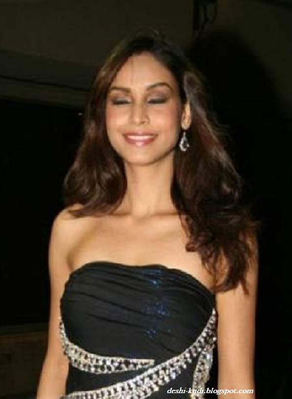 AMRUTA PATKI Hot Tamil Model And Actress - Page 3 AmrutaPatkiHot51