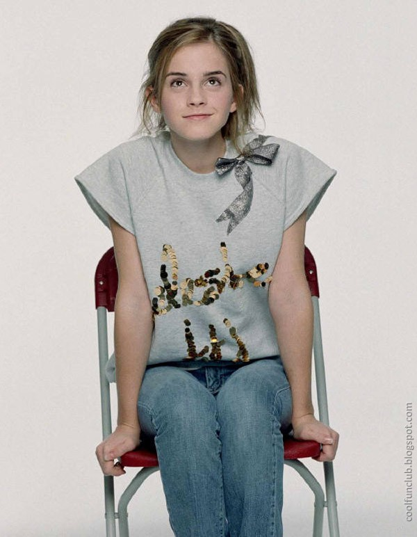 Hot Hollywood Actress Emma Watson 2013 Wallpapers Updated Emma-Watson-15_zps80f8f787