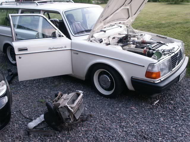 Volvo 245 California (FuncCrew) Ilmastointi1