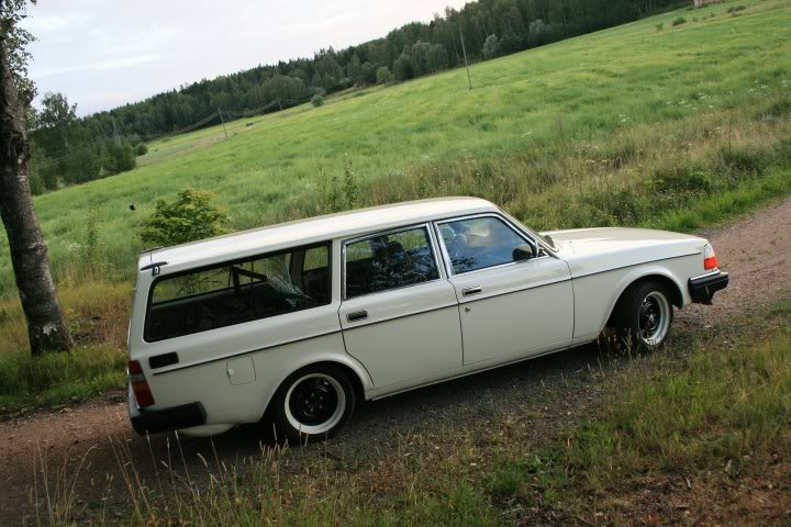 Volvo 245 California (FuncCrew) Sivu2pien