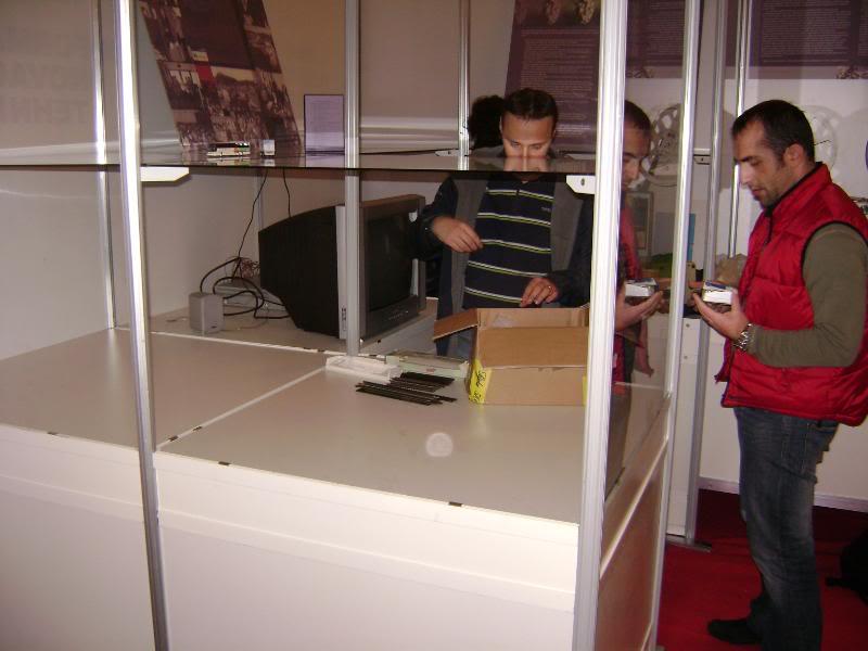 """Štacion na 9. godišnjoj izložbi """"Informatika, inovacije, tehnika"""" (ZTK Rijeka) DSC05080"""