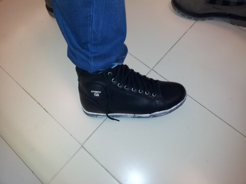 Que Short boots escolher? - Botas TCX X-Street WP  - Página 2 IMG_20130124_152900