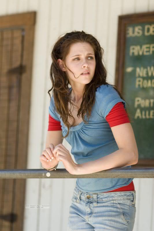 Kristen Stewart - Page 2 TYH_exclusive-001