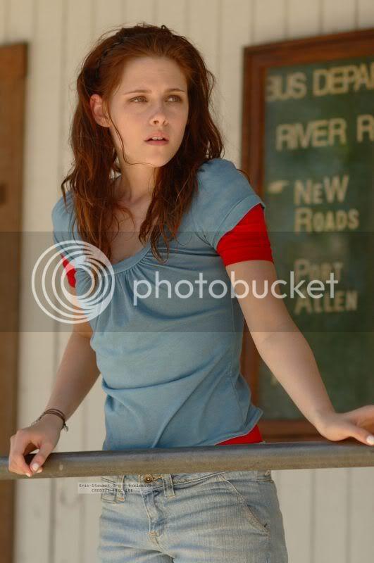 Kristen Stewart - Page 2 TYH_exclusive-005