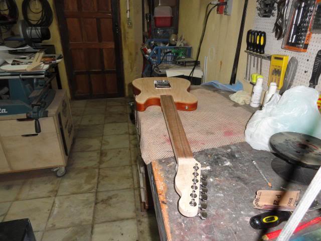 construindo uma tele  (presente para o  sobrinho) DSC06314_zps9376a151