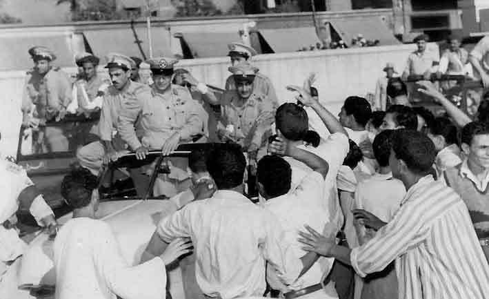 صور نادرة جدا لعبد الناصر لم نراها من قبل 12-2