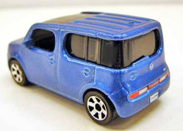 Matchbox 2011 Abril Report - Nissan Cube, Ford Taurus Interceptor y más NissanCubepic2