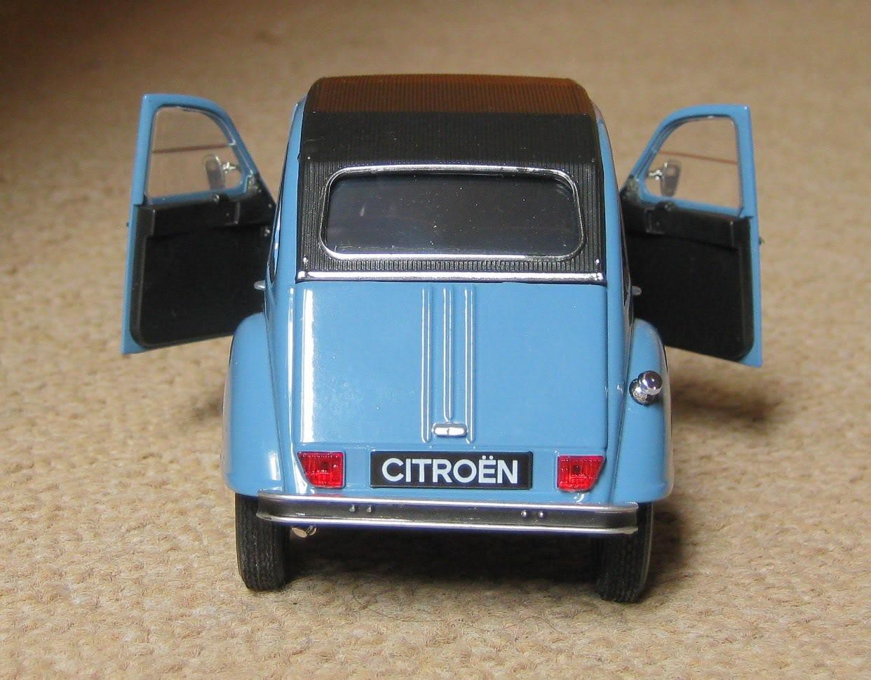 Welly 1/24: Citroën 2CV Welly124Citron2CV7
