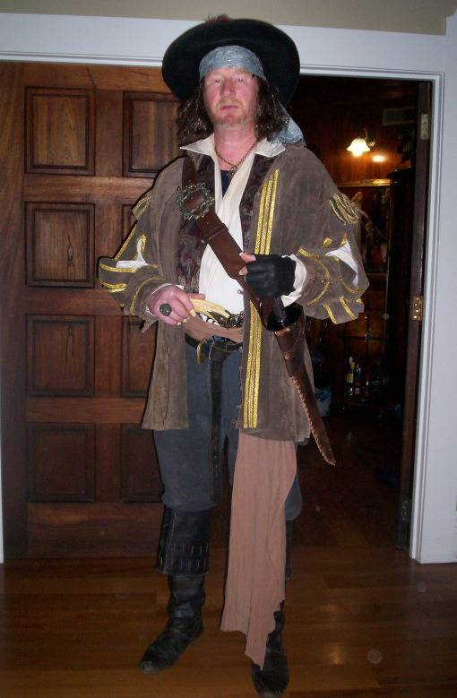 5 Pirates of the Caribbean Costumes fast and cheap Barbossa1_zpsd5c1acd9