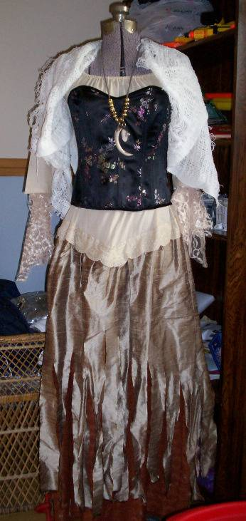 5 Pirates of the Caribbean Costumes fast and cheap Tia-dress1