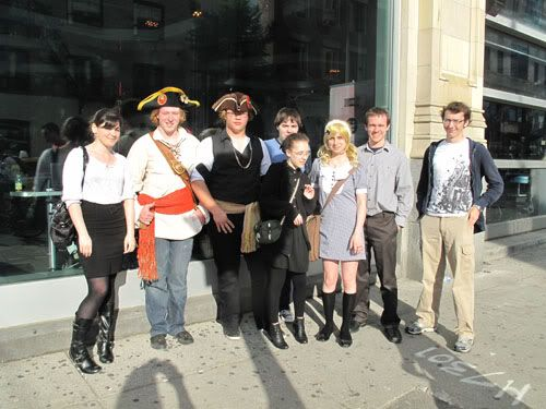 Hiatus [+ Toronto Anime North 2011 report] Pirates