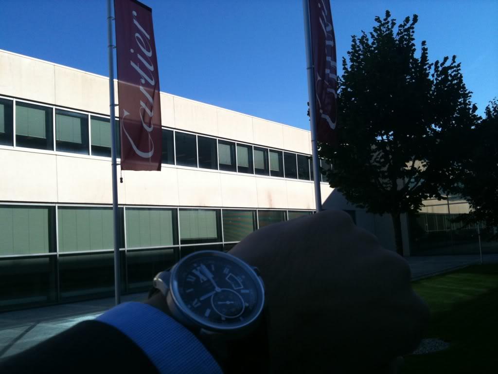 Comment ça ? Cartier fait de l'horlogerie ? On ne les voit jamais sur les forums 1db3711e