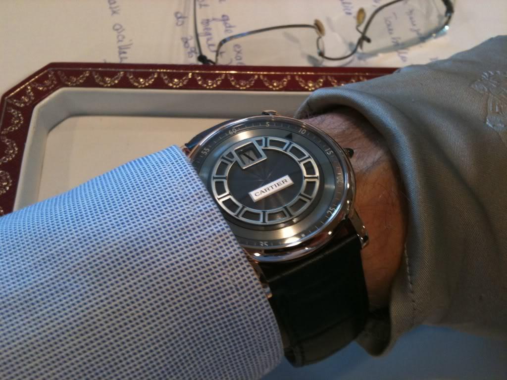 Comment ça ? Cartier fait de l'horlogerie ? On ne les voit jamais sur les forums 5f0895cb