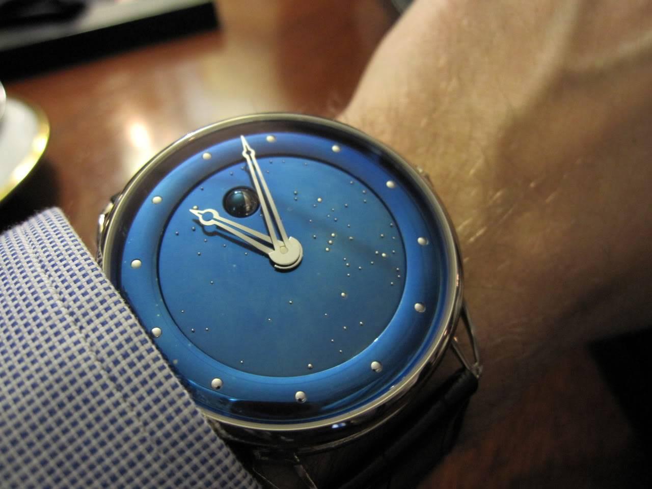 Où l'horlogerie devient art... (De Bethune inside) DB_SIHH2010_004
