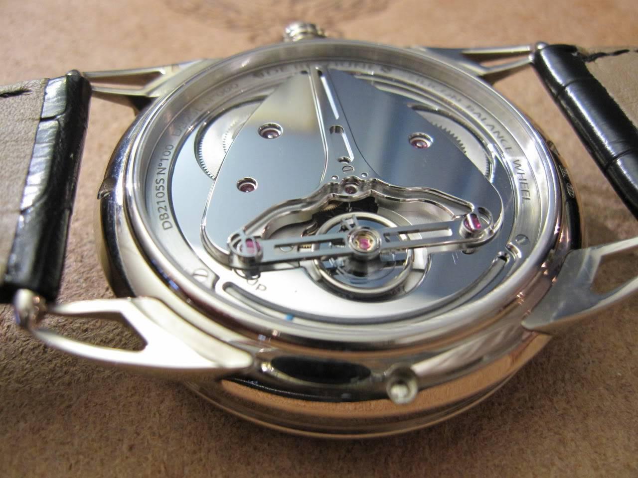 Où l'horlogerie devient art... (De Bethune inside) DB_SIHH2010_008