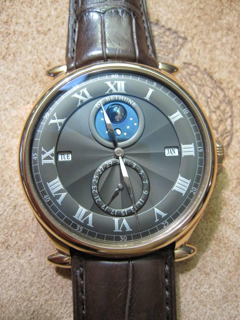 Où l'horlogerie devient art... (De Bethune inside) - Page 2 DB_SIHH2010_018