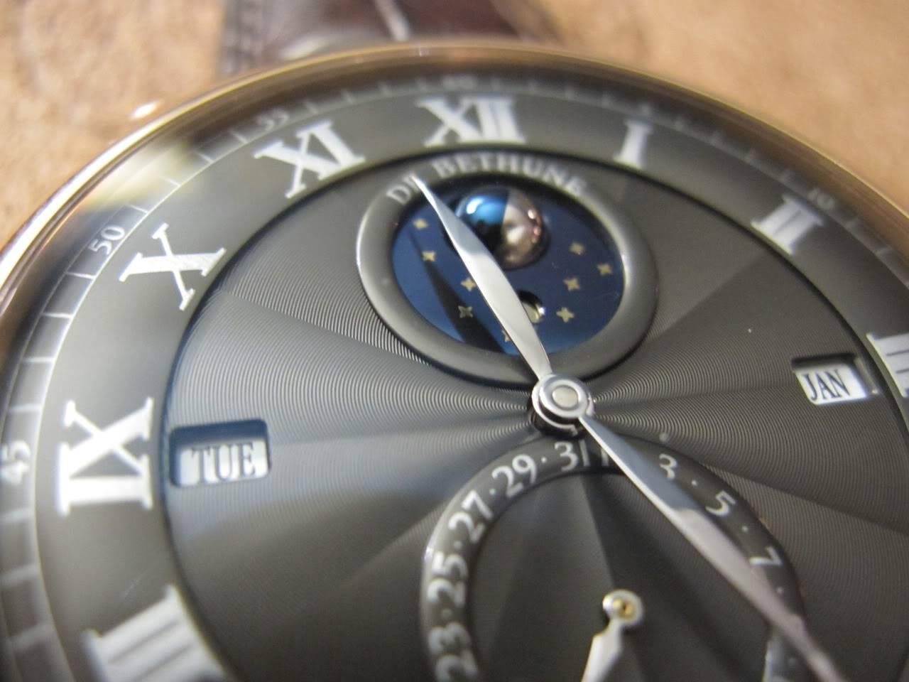 Où l'horlogerie devient art... (De Bethune inside) - Page 2 DB_SIHH2010_019