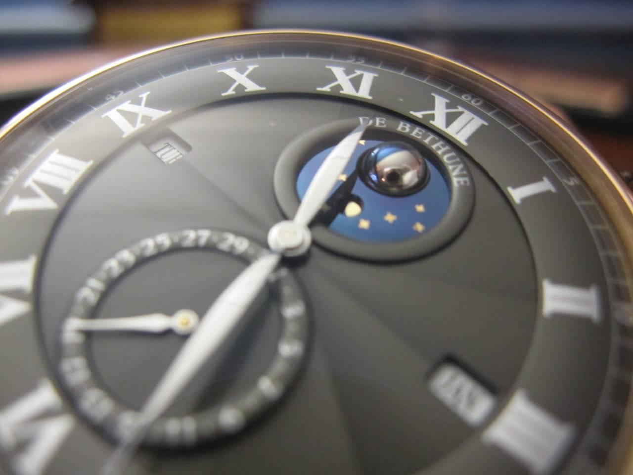 Où l'horlogerie devient art... (De Bethune inside) - Page 2 DB_SIHH2010_021