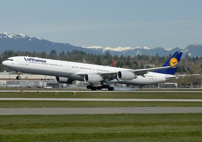 Vancouver International (YVR / CYVR) _D2C53050