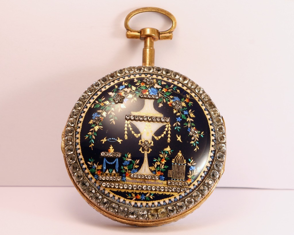 A beautiful enameled pocket watch IMG_7174_zpseezf7yax