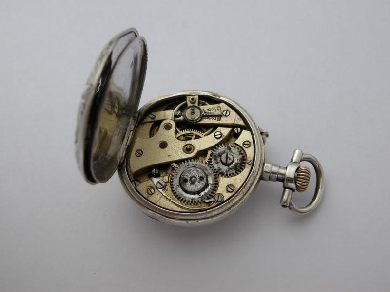 Guide richement illustré : les montres de poche courantes DSCN0355-1